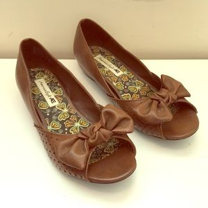 American Eagle Outfitters Shoes - Open toed flats
